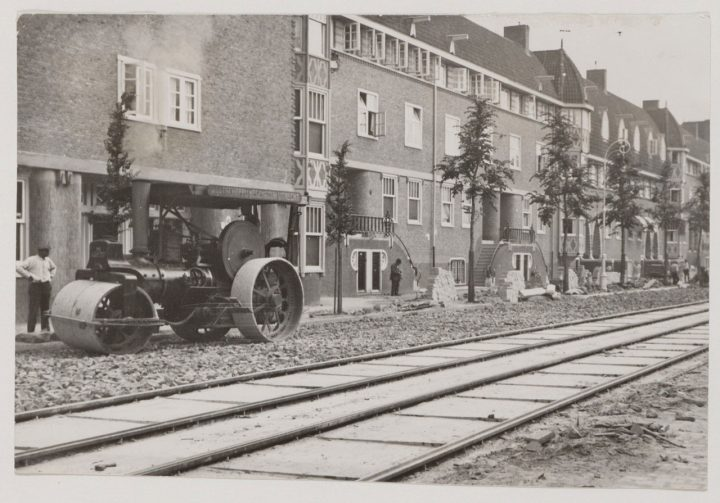 27 Stoomwals Lairessestraat 1927